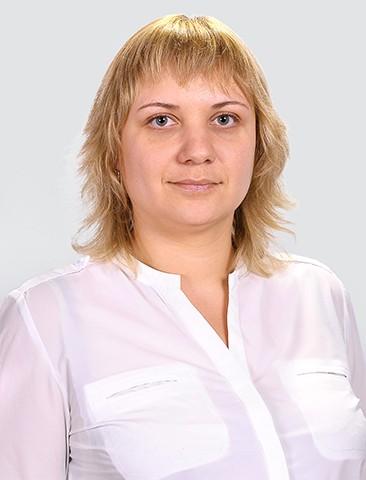 Леонтьева<br>Анастасия Сергеевна -<br>учитель русского языка