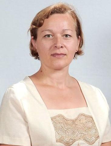 Есатия<br>Кетиван Ревазовна -<br>учитель английского языка